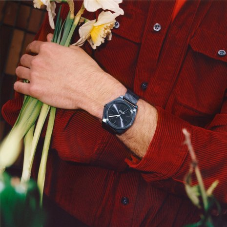 Modieus herenhorloge met mesh band Herfst / Winter Collectie Hugo