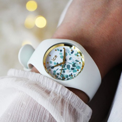 Wit quartzhorloge, maat Medium Lente/Zomer collectie Ice-Watch