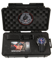 XS.4223.SOC.SET Spec Ops Challenge 45mm Speciale uitgave met extra band